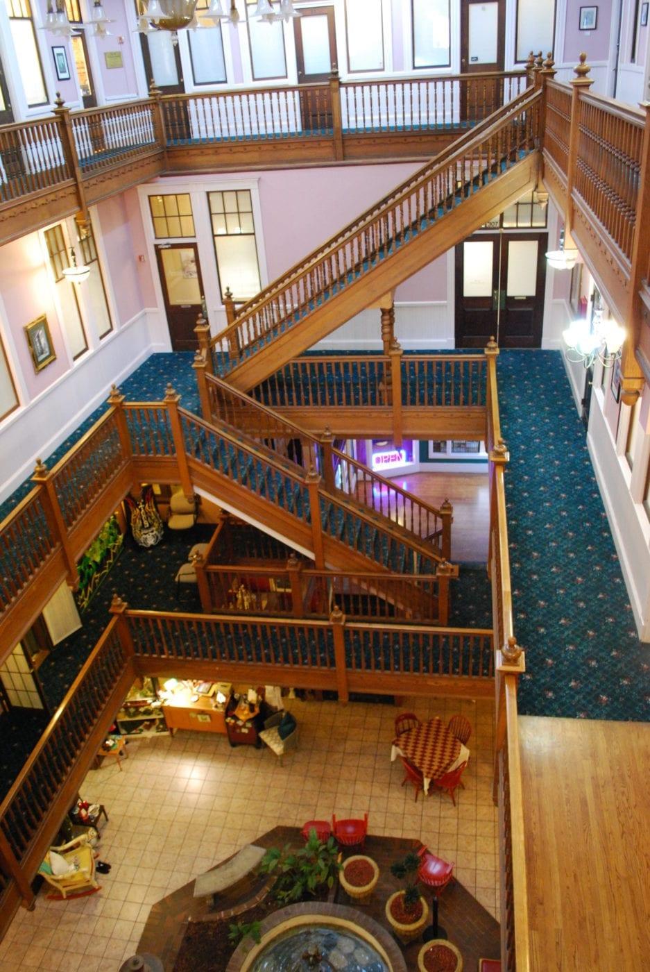 Sycamore Square interior