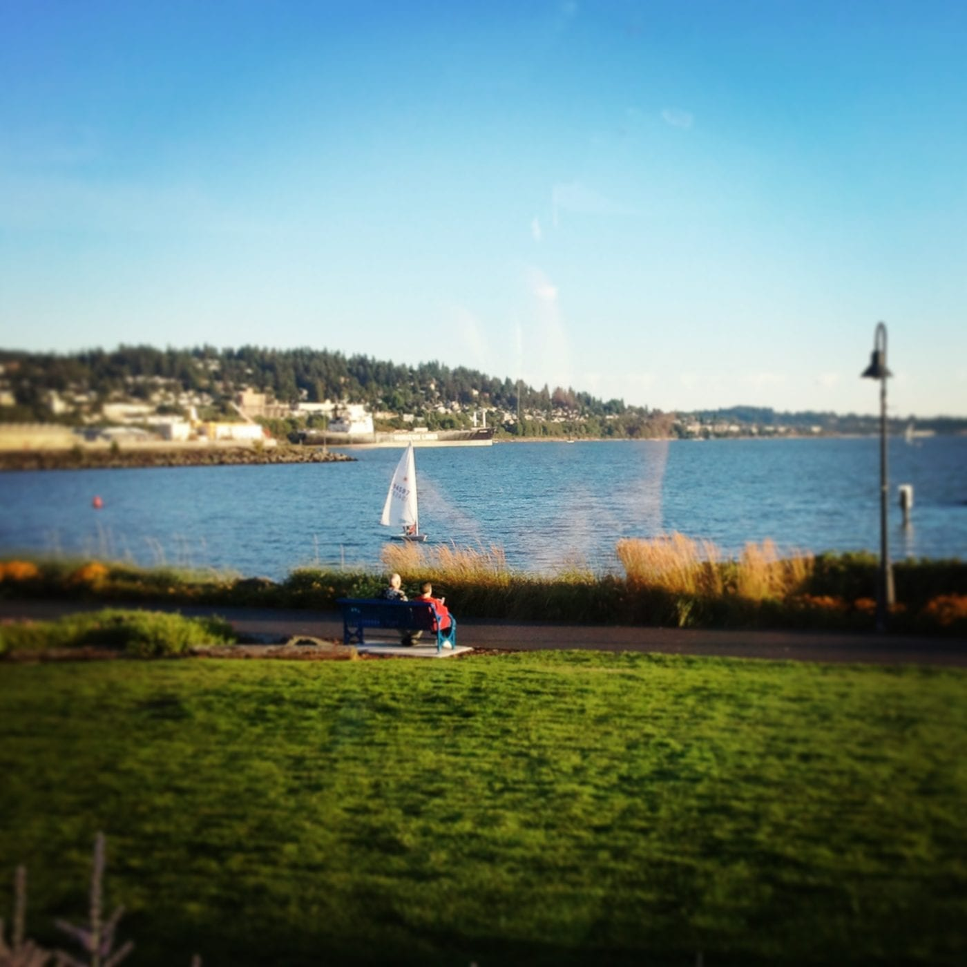 Lighthouse Bar and Grill, Bellingham, Bay, Cocktails, Waterfront, Happy Hour