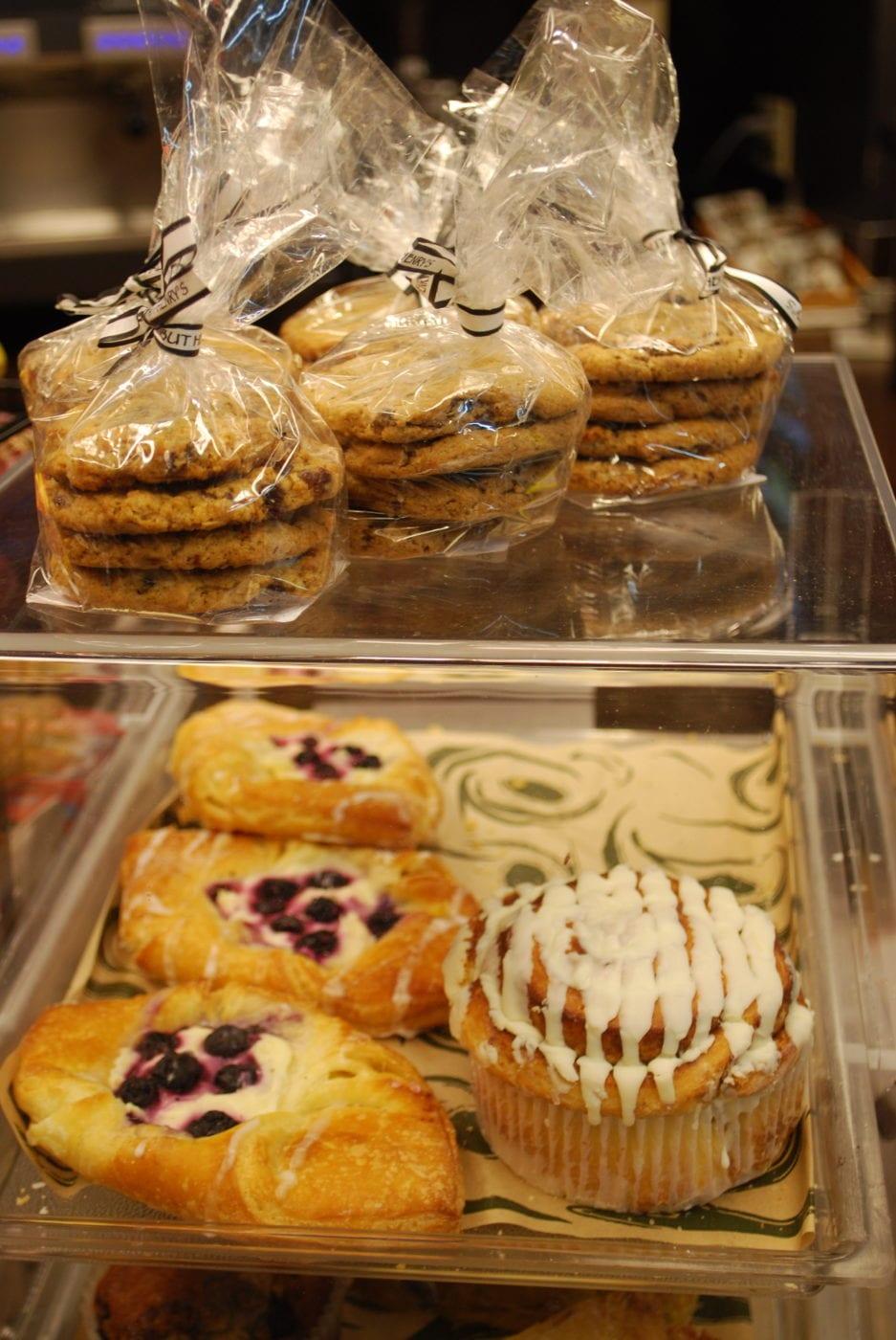 Bellingham Airport Halibut Henry's pastries