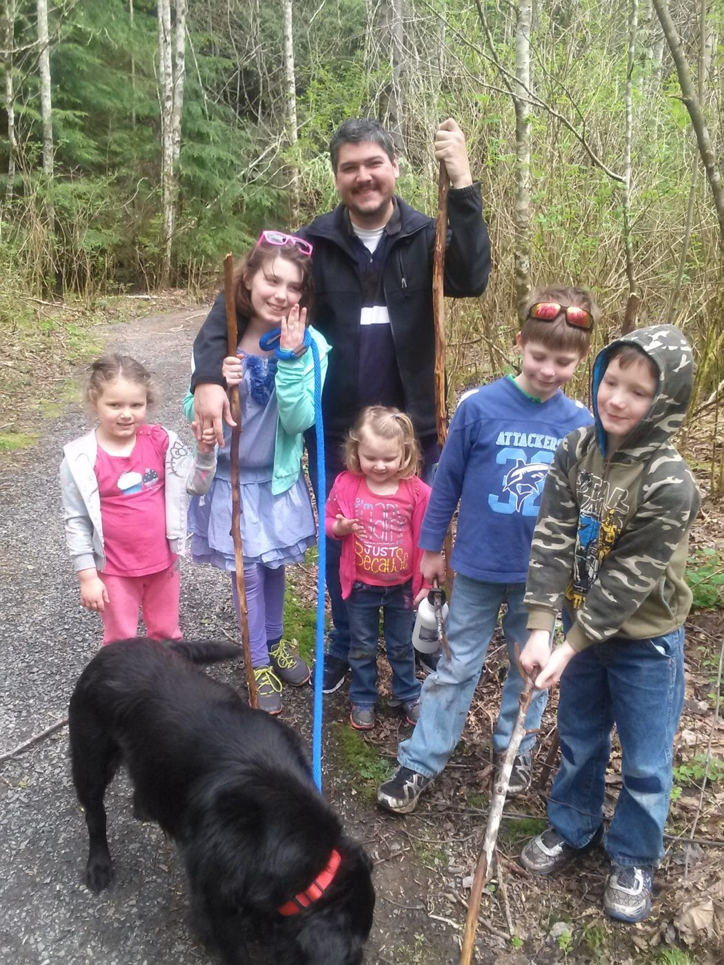 Family hiking at Lookout Mountain Preserve
