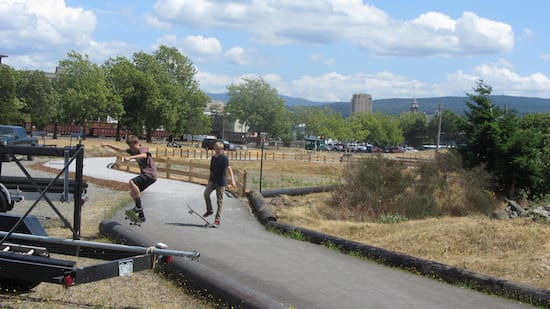 Waterfront Trail Skaters