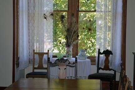 Dining room, Hovander House, Ferndale