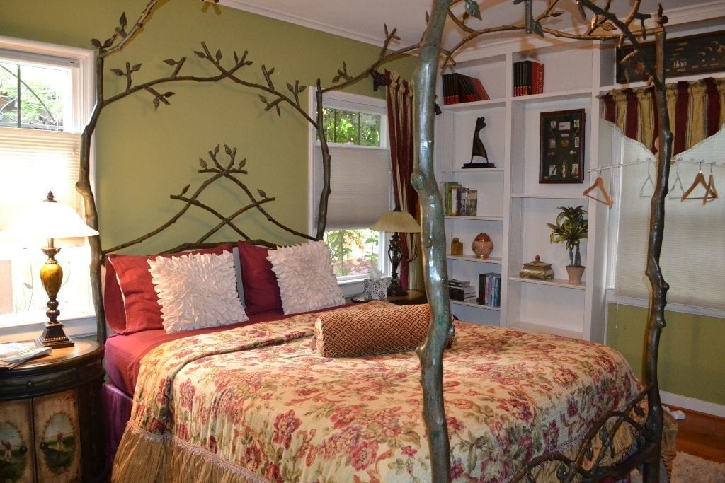 Moondance Inn Bed And Breakfast Bellingham2