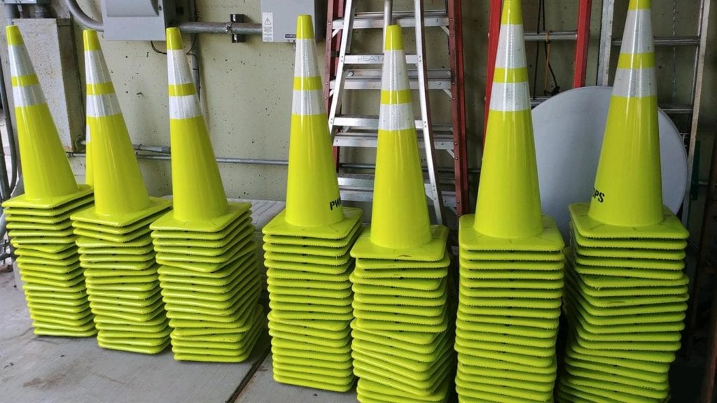 """Green Means """"go"""" As Whatcom County Businesses Open For Phase 2"""