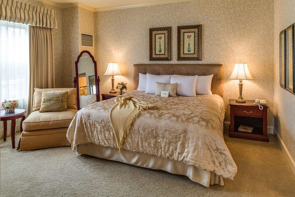 Suitebedroom